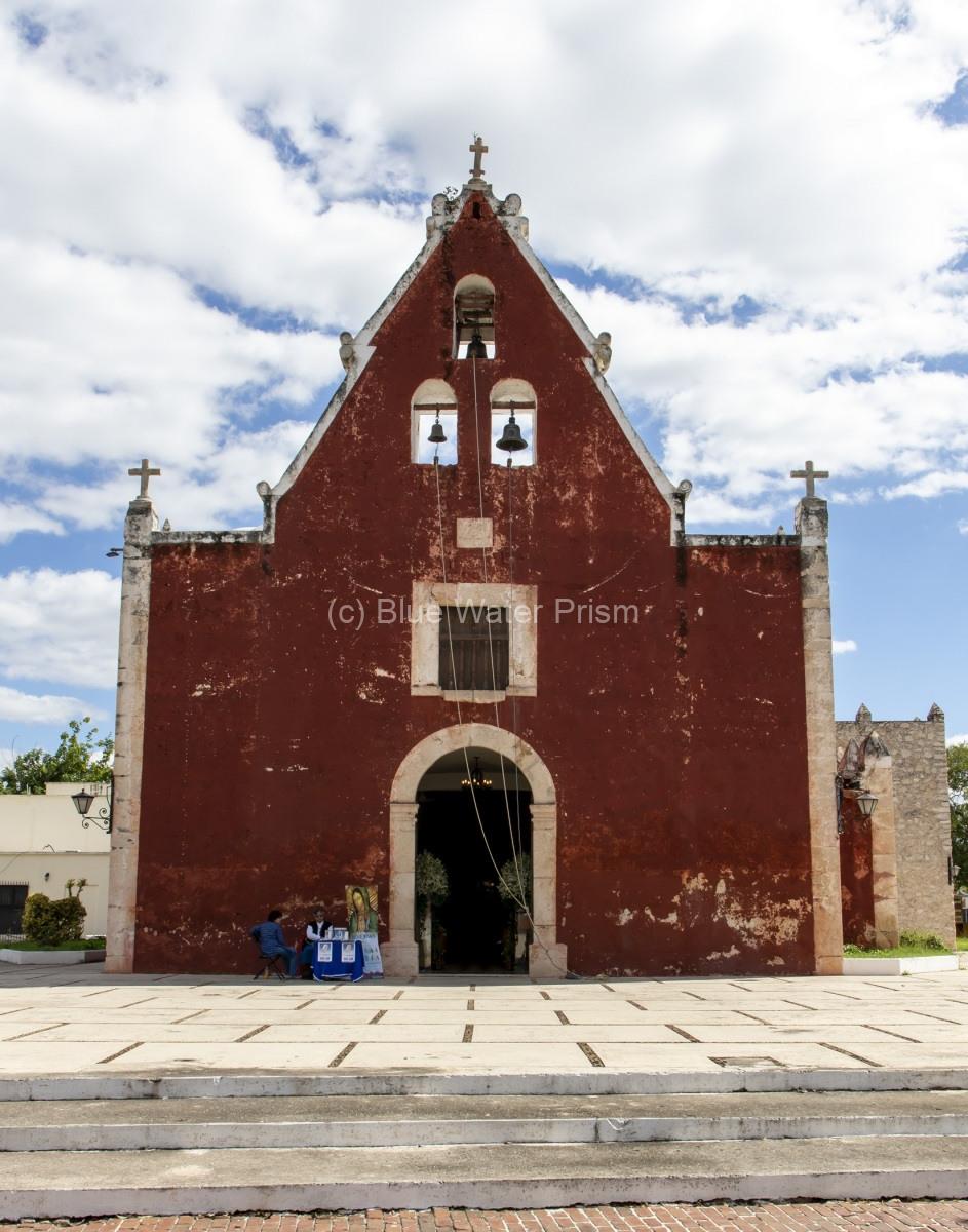 Y1119_Merida-Church_AP9A6621